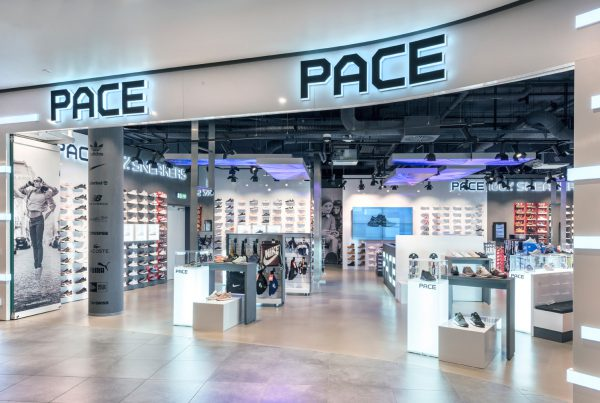 Pace East Side Mall Berlin Nette+Hartmann Innenarchitektur Sneaker Urban Style Shopdesign